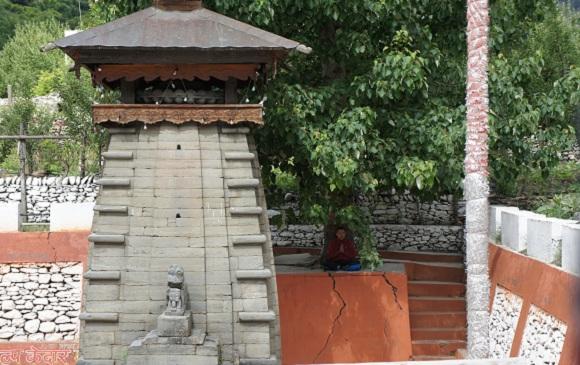 Temple isolé, illumination au pied de l'arbre, Inde, Photo Infinite Love