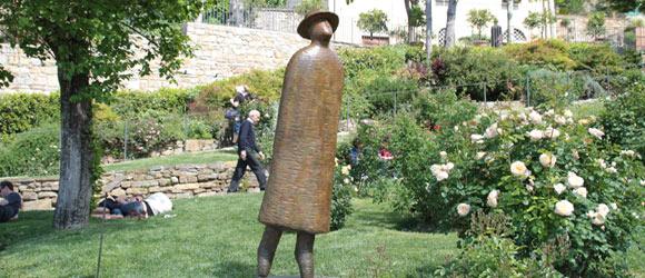 """""""L'envol"""" Oeuvre de JM Folon, Parc des roses, Florence, Photo Serge BRIEZ"""